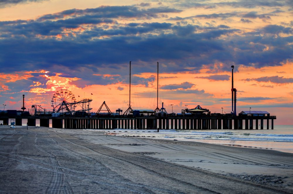 best campgrounds on the jersey shore - pier in Atlantic City