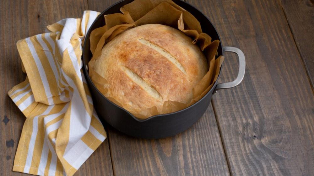 dDutch Oven Campfire Recipes - bread