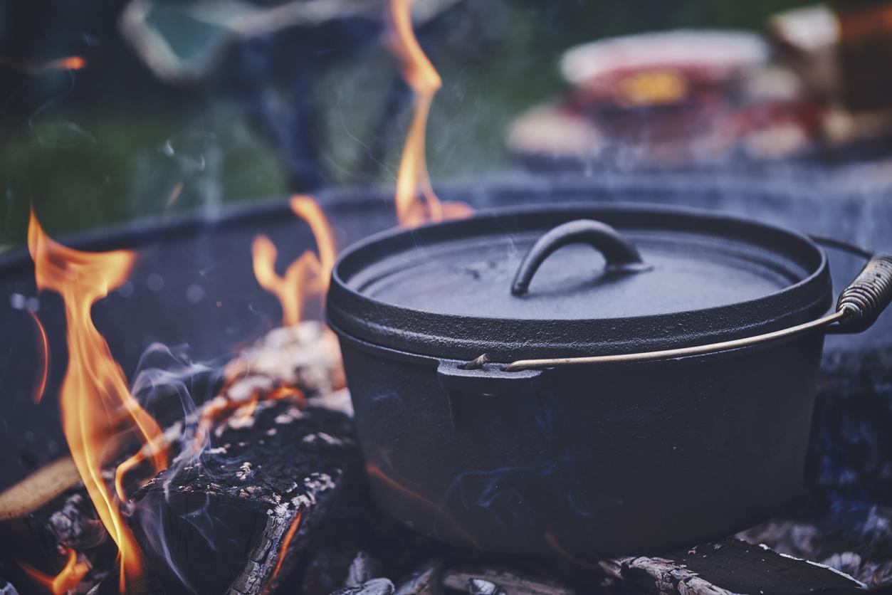 8 Easy Campfire Dutch Oven Recipes